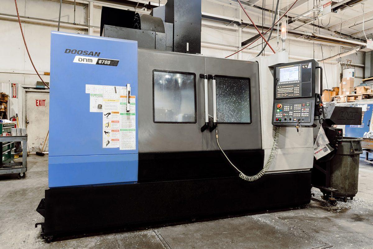 Doosan DNM 6700 CNC