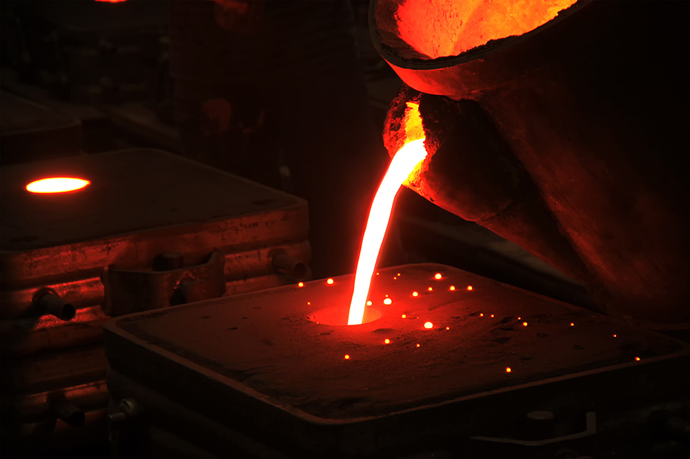 Pouring Metal